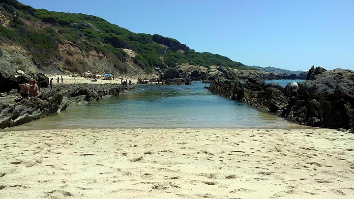 Fotos de playa de bolonia y piscinas de punta paloma for Piscina de cadiz